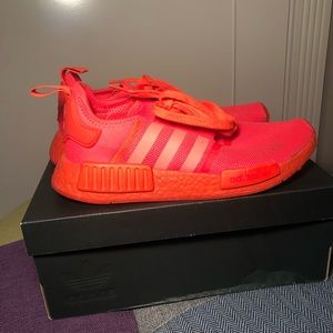 Solar red nmds